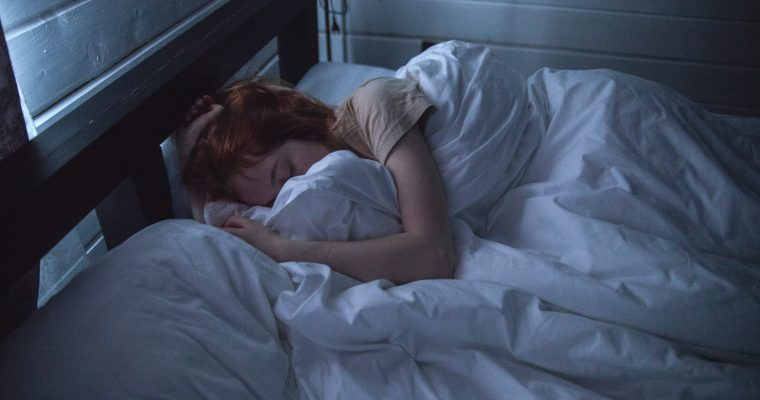 6 Reasons Why You Wake Up Tired In The Morning